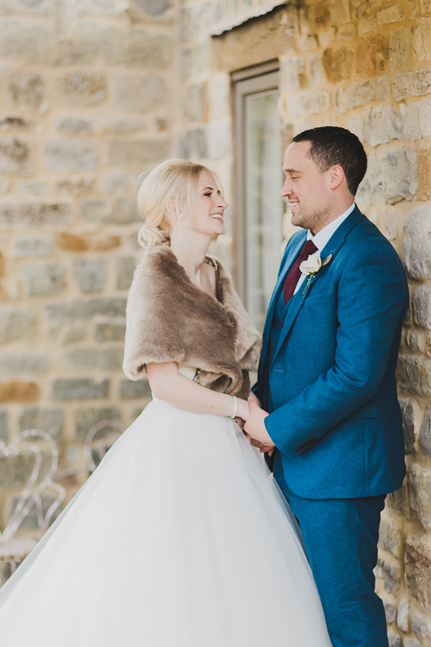 The Best Autumn Wedding Style - Autumn bride | CHWV
