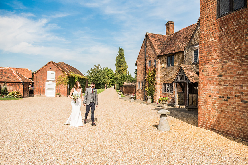7 Beautiful Berkshire Wedding Venues - Lillibrooke Manor and Barns   CHWV