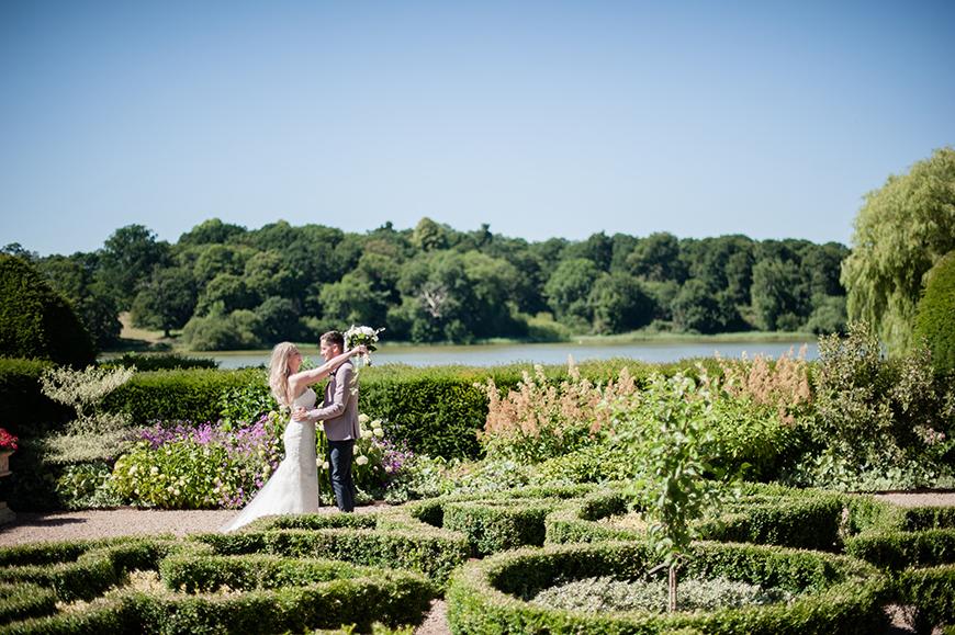 11 Wonderful Weekend Wedding Venues - Combermere Abbey   CHWV