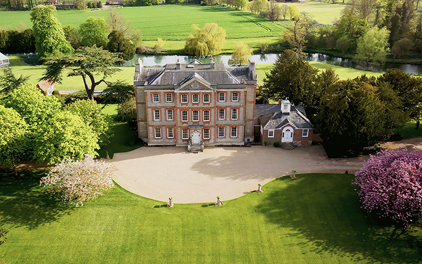 11 Wonderful Weekend Wedding Venues - Ardington House   CHWV