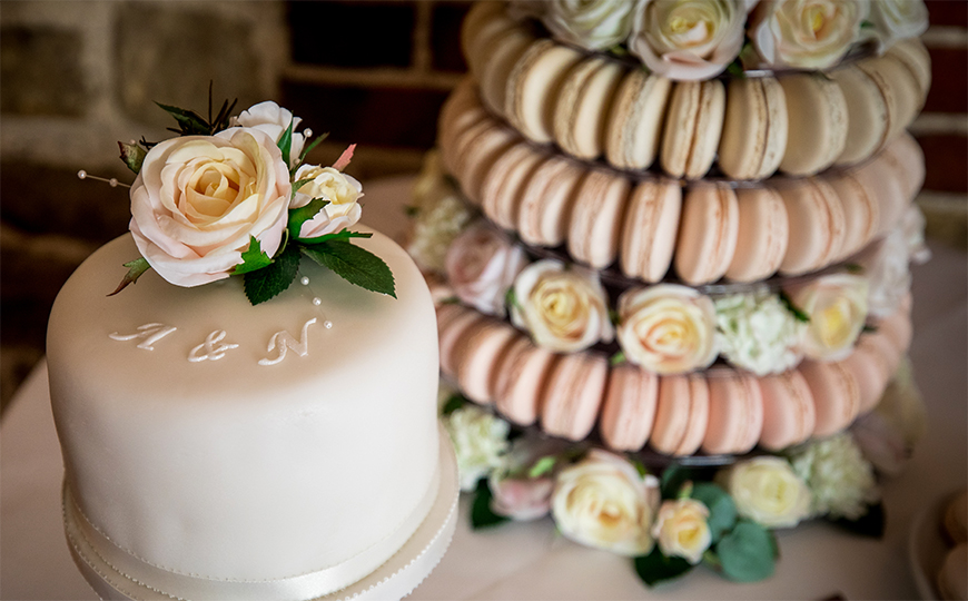 The Best Spring Wedding Ideas - Dessert tables | CHWV