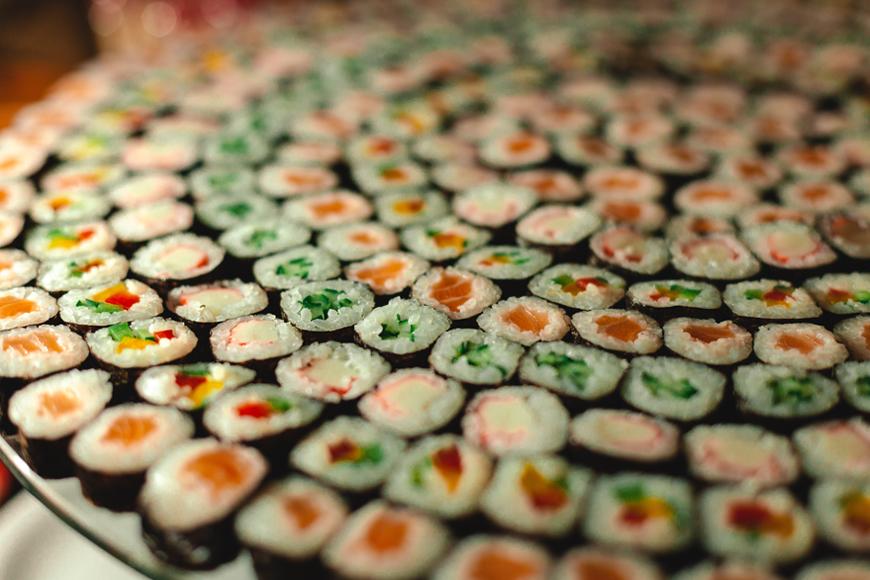 Exciting Evening Wedding Food Ideas - Sushi | CHWV