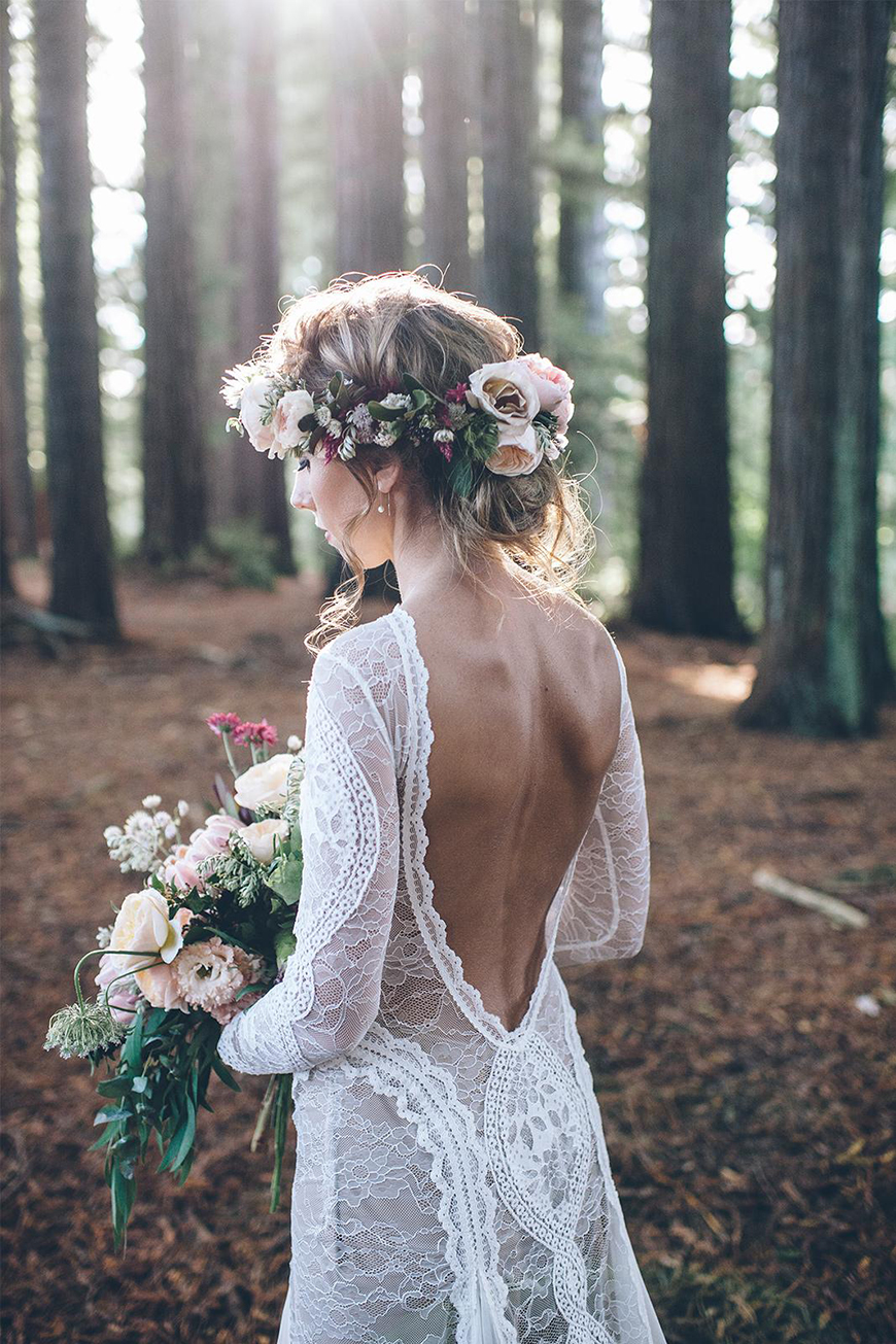 17 Ways To Have a Festival Wedding Theme - Boho bridal | CHWV