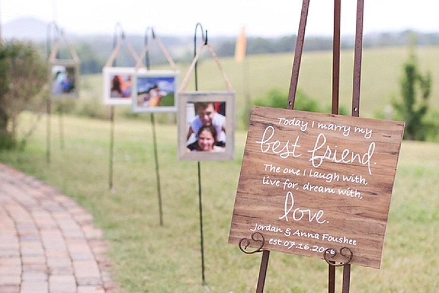 Must-See Outdoor Wedding Ideas - Signage | CHWV