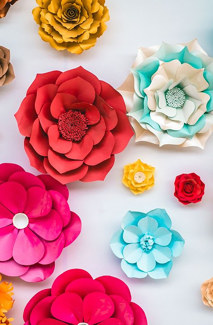 How to Make Your Wedding Flowers Eco-Friendly - Paper flowers | CHWV
