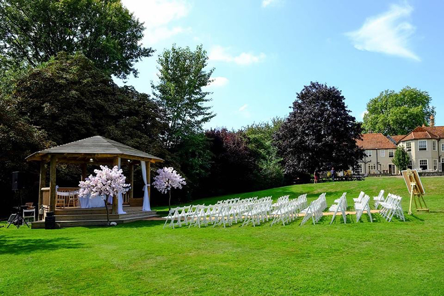 14 Unmissable Manor House Wedding Venues - That Amazing Place | CHWV