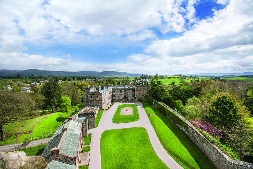 7 Unmissable North West Wedding Venues - Appleby Castle | CHWV