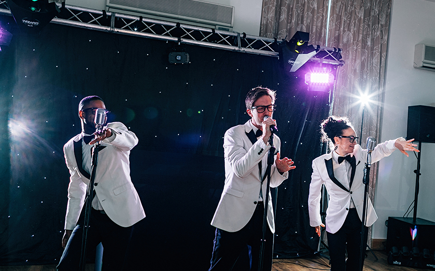 Must-Ask Questions For Your… Wedding Band Or DJ - What's your style? | CHWV
