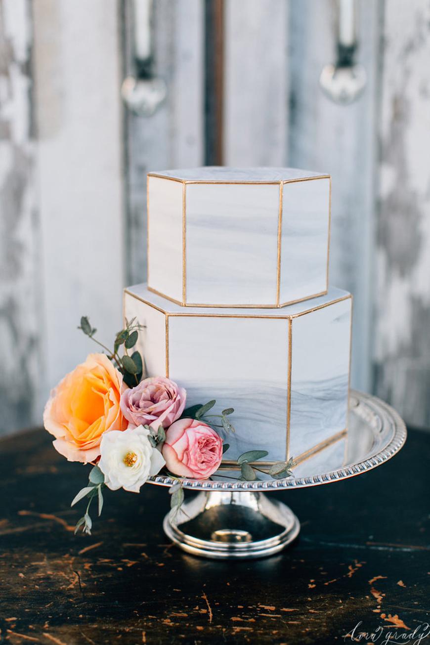Wedding Ideas By Colour: Marble Wedding Cakes | CHWV