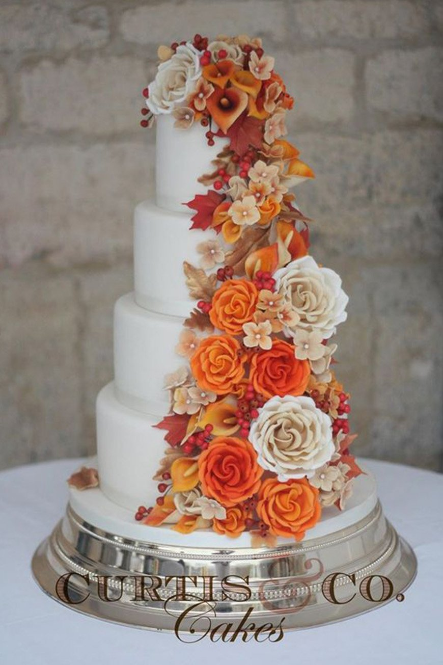 Wedding Ideas By Colour: Autumnal Wedding Cakes - Autumn shades | CHWV