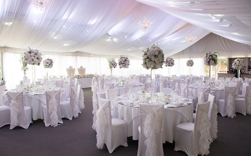 7 DIY Wedding Venues That You Have To See - Braxted Park | CHWV