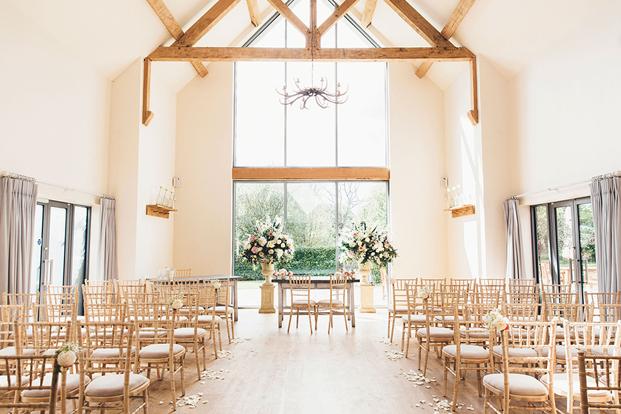 11 Unmissable Modern Wedding Venues - Millbridge Court | CHWV