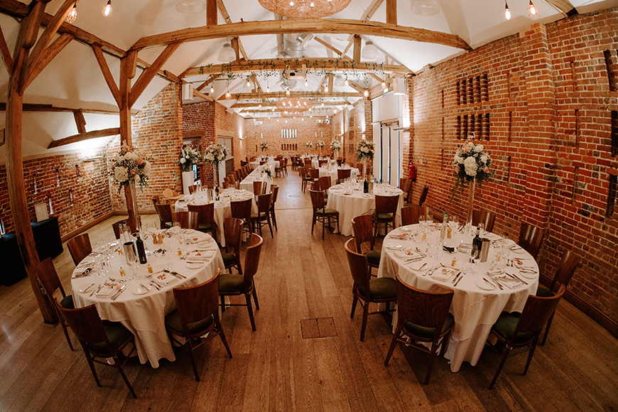 11 Unmissable Modern Wedding Venues - Wasing Park | CHWV