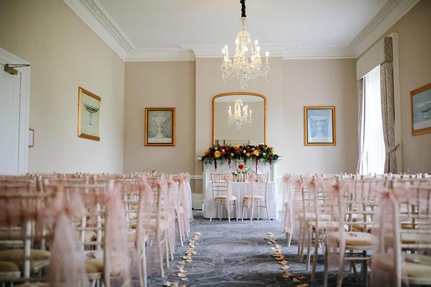 7 Beautiful Berkshire Wedding Venues - Oakley Hall Hotel | CHWV