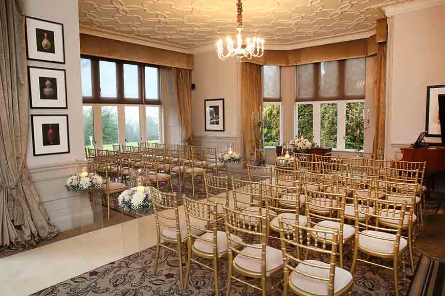 14 Unmissable Manor House Wedding Venues - Hartsfield Manor | CHWV