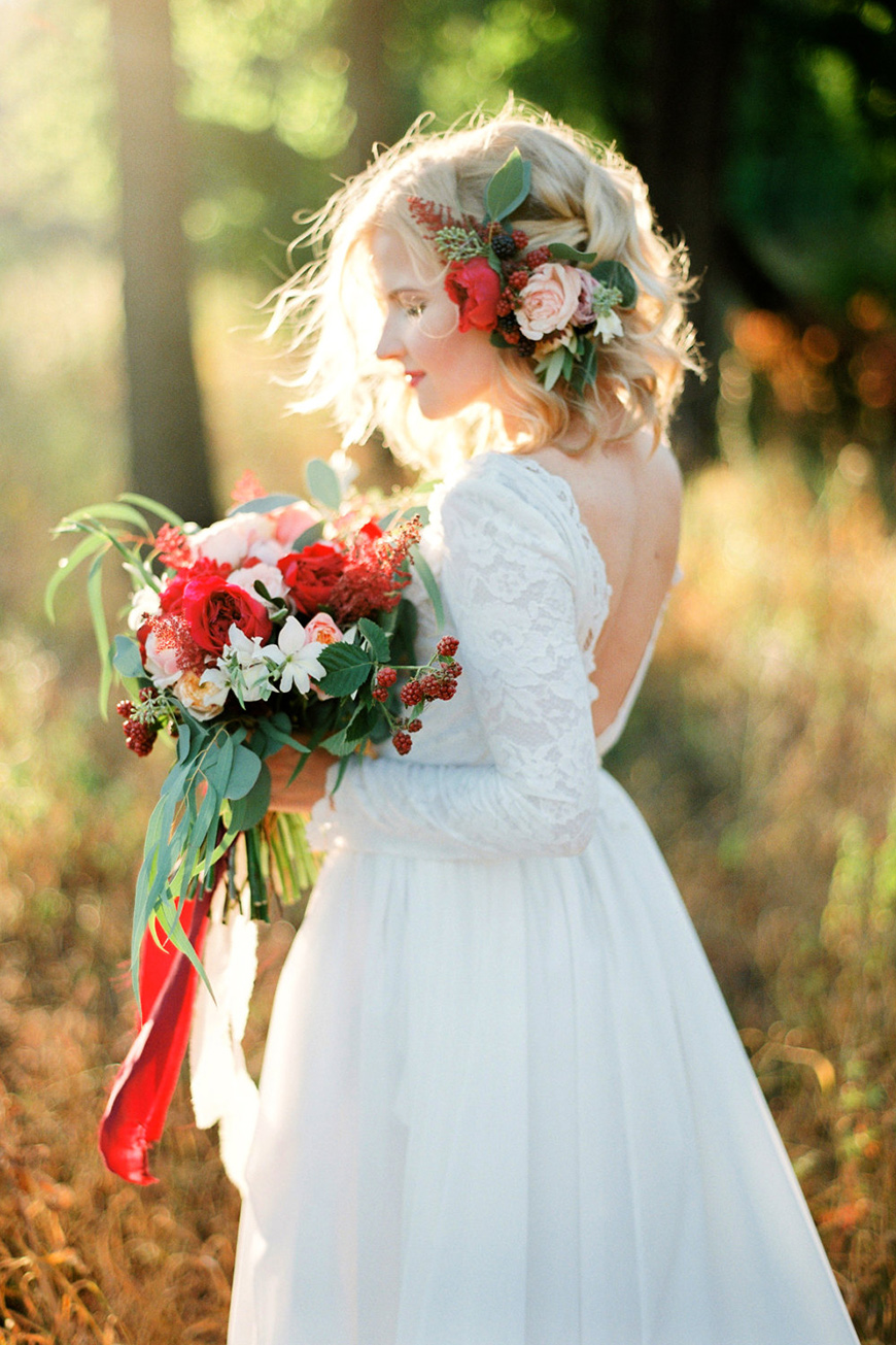 Wedding Ideas By Pantone Colour: Cherry Tomato - Flowers | CHWV
