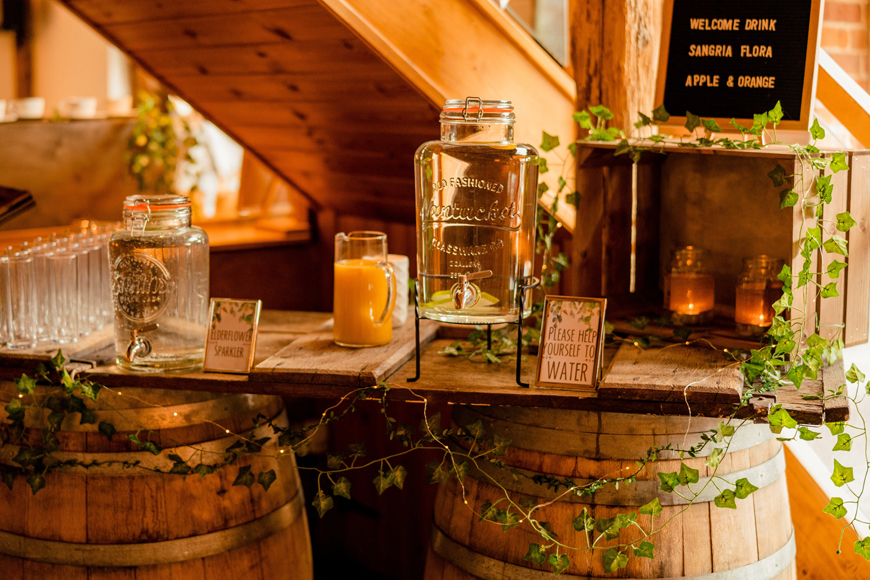 Exciting Evening Wedding Food Ideas - Drinks station | CHWV