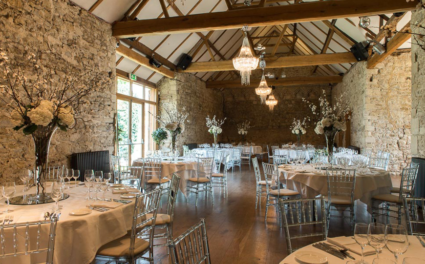 8 Oxfordshire Wedding Venues You Won't Want To Miss - Notley Abbey   CHWV