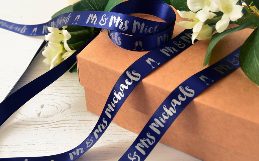 Wedding Ideas By Colour: Blue Wedding Favours - Get creative | CHWV