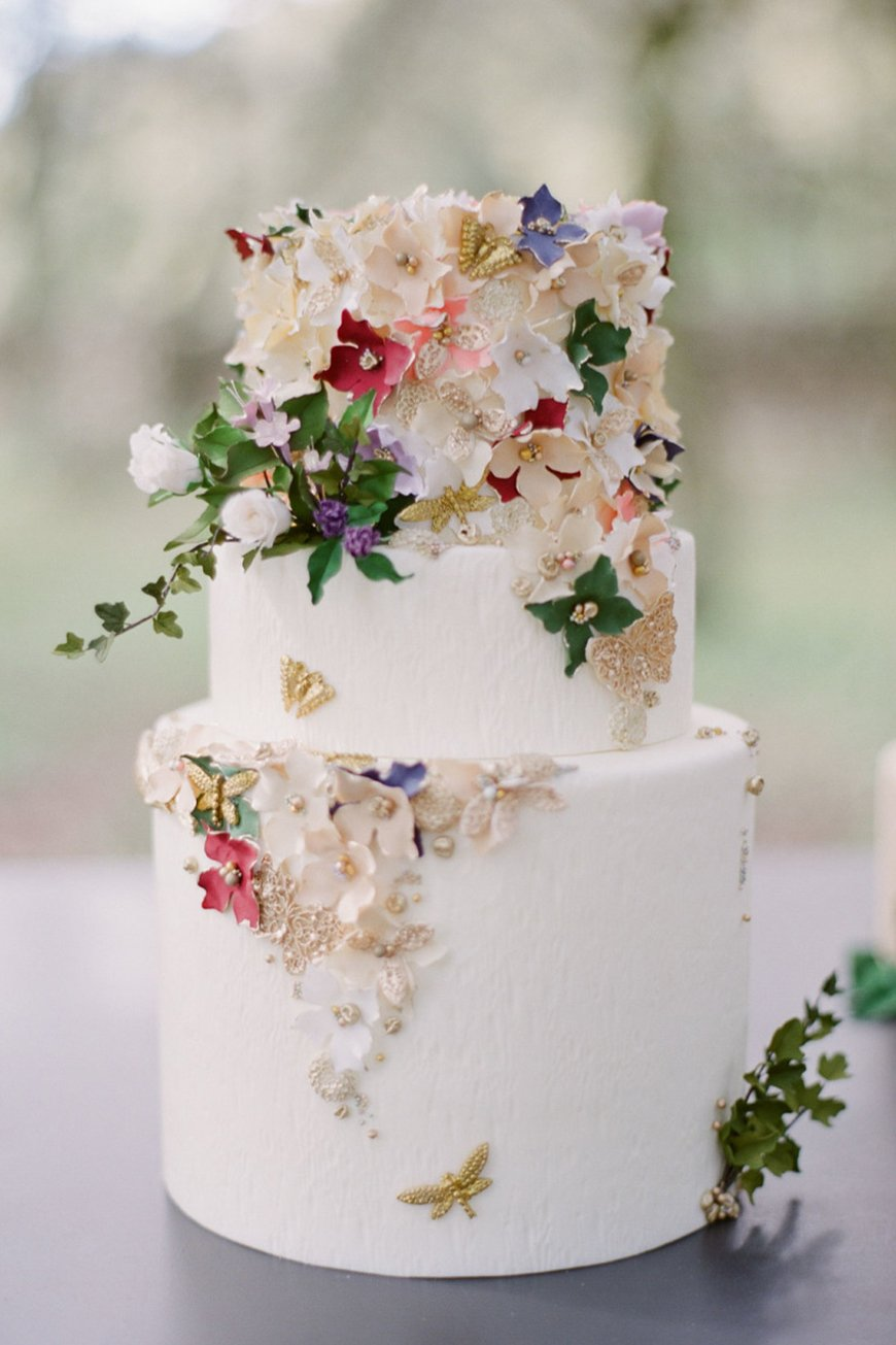 A-Z of Wedding Cakes - Sugar flowers | CHWV