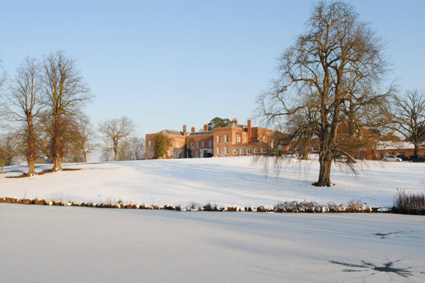 9 Wonderful Winter Wedding Venues - Braxted Park | CHWV