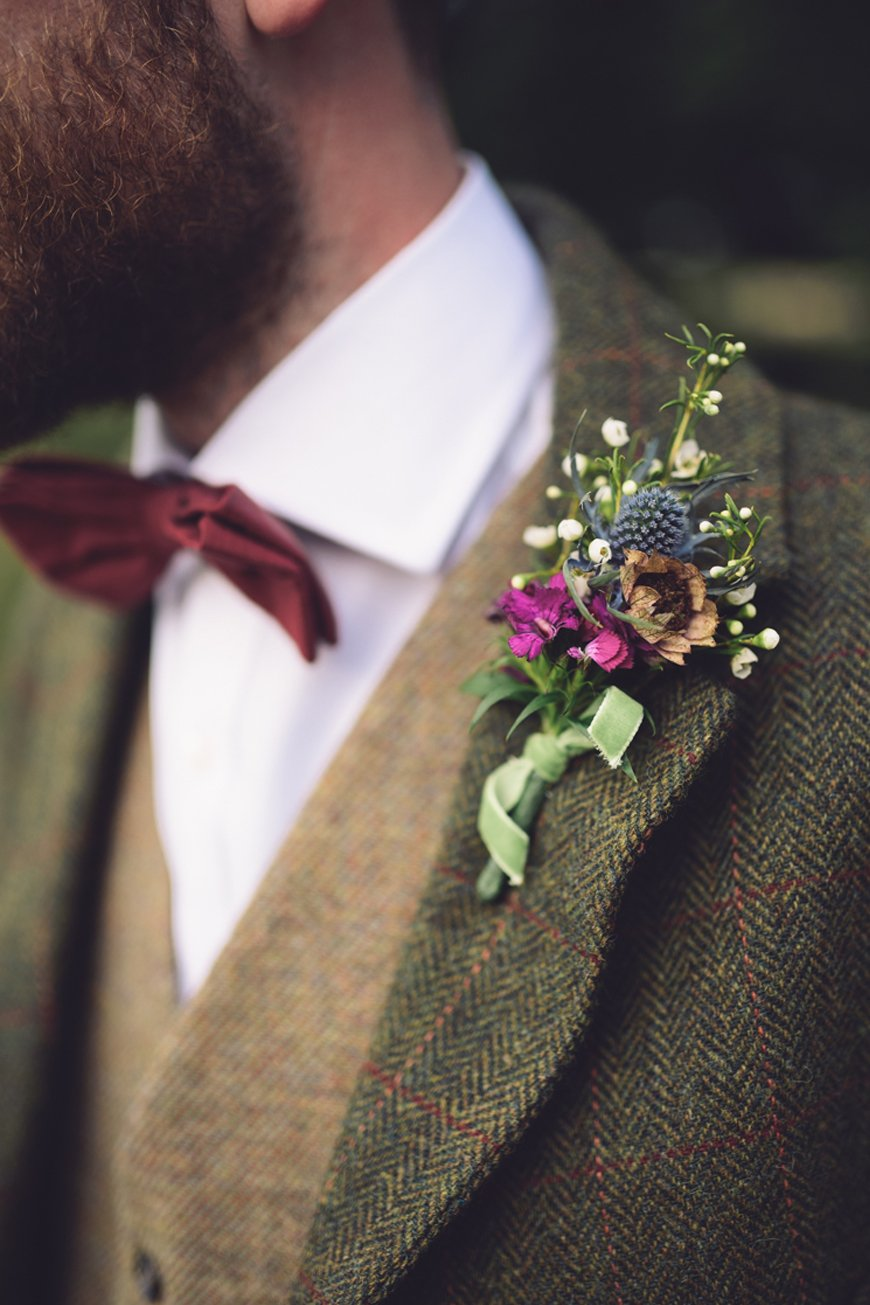 How To Match Your Look To Your Wedding Venue - Groomswear | CHWV