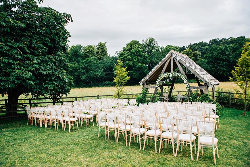 The Best Barn Wedding Venues - Hyde House Barn | CHWV