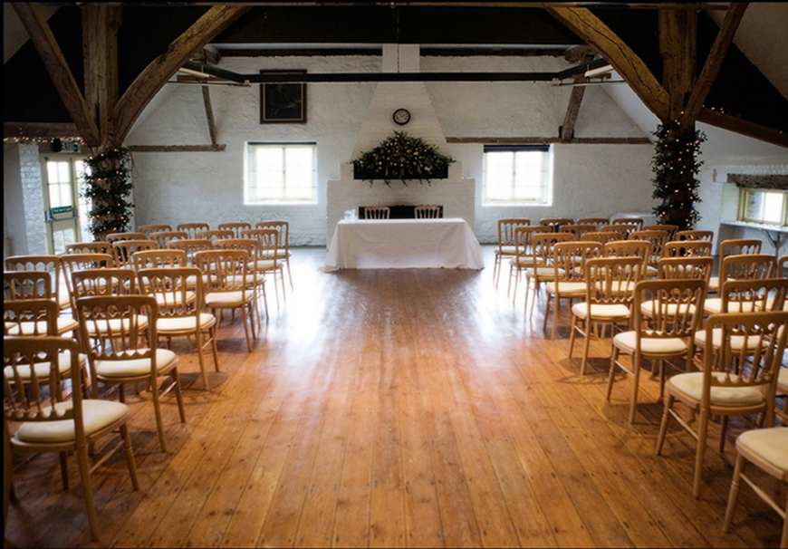 15 Barn Wedding Venues in South East England - Dorset House | CHWV