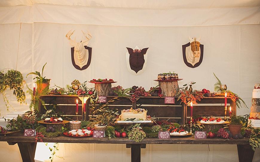 Amazing Autumn Wedding Food Ideas - Seasonal stations | CHWV