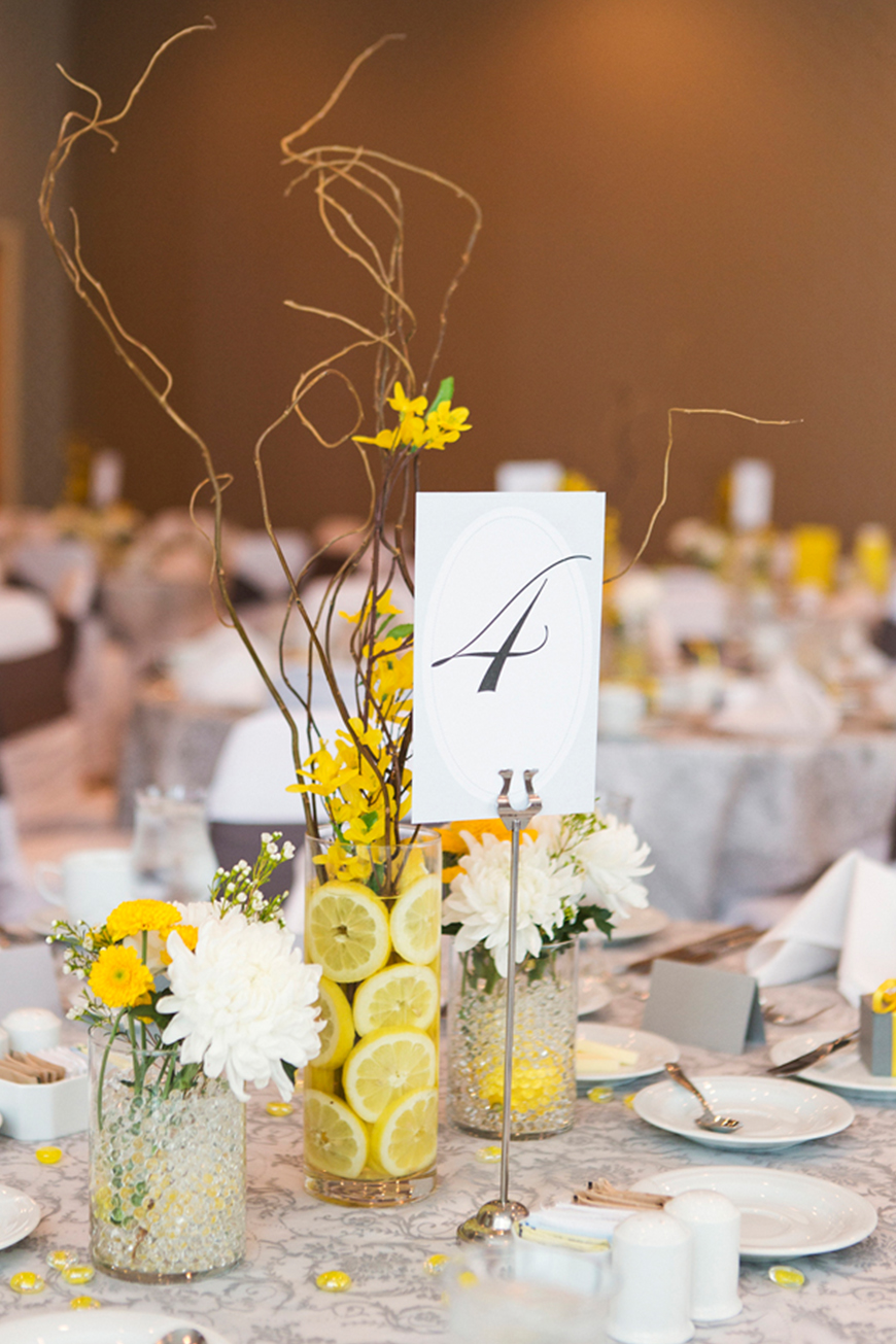 Wedding Ideas By Colour: Lemon Yellow Wedding Ideas - Lemon slices | CHWV