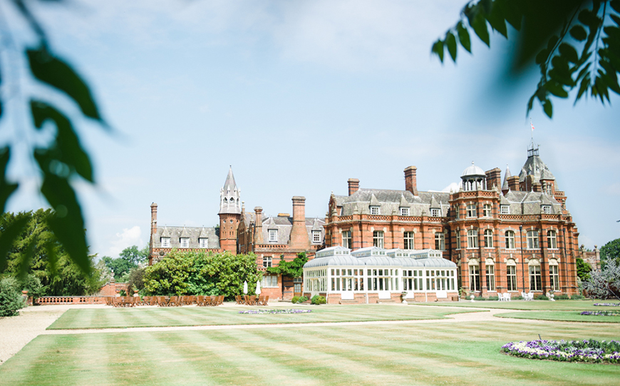 7 Wedding Venues In Hampshire You Won't Want To Miss - The Elvetham | CHWV