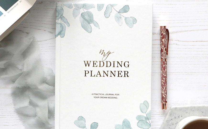 How To Stay Focused While Wedding Planning - Wedding planning basics | CHWV