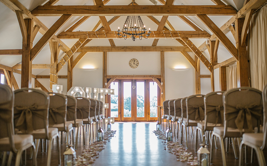 11 All-In-One Wedding Venues For The Perfect Day - Sandhole Oak Barn | CHWV