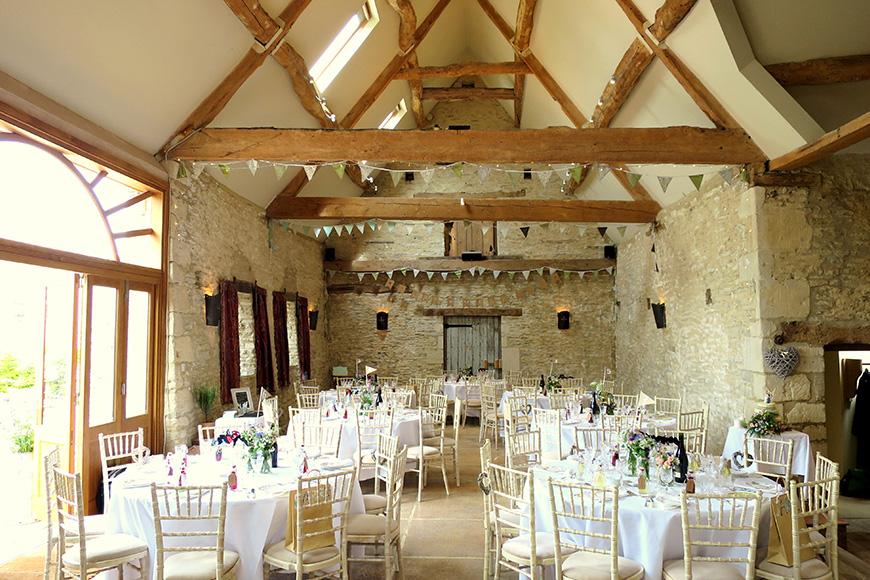 11 Barn Wedding Venues For A Rustic Wedding - Oxleaze Barn | CHWV