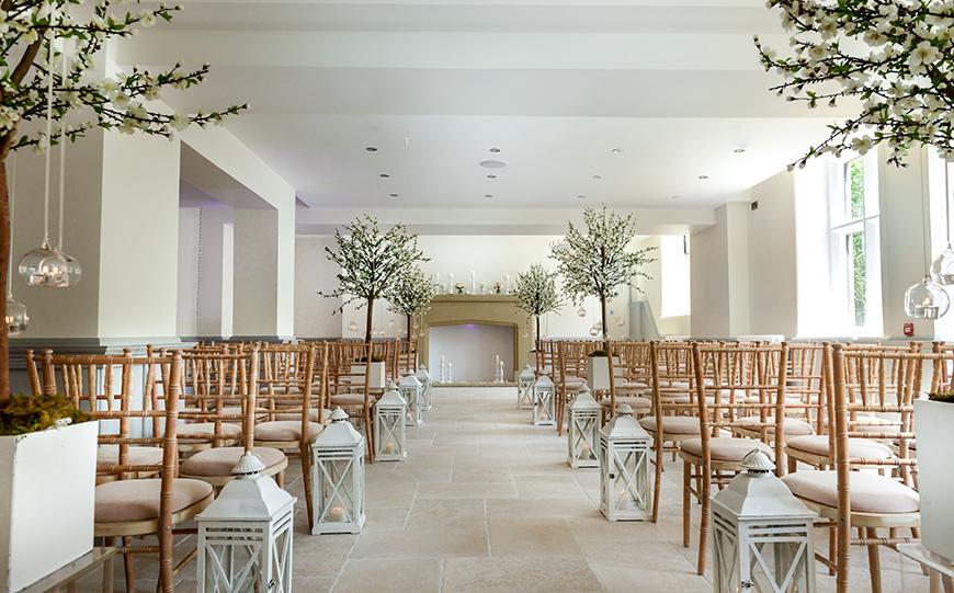 11 Country House Wedding Venues For A Spring Wedding - Tyn Dwr Hall | CHWV