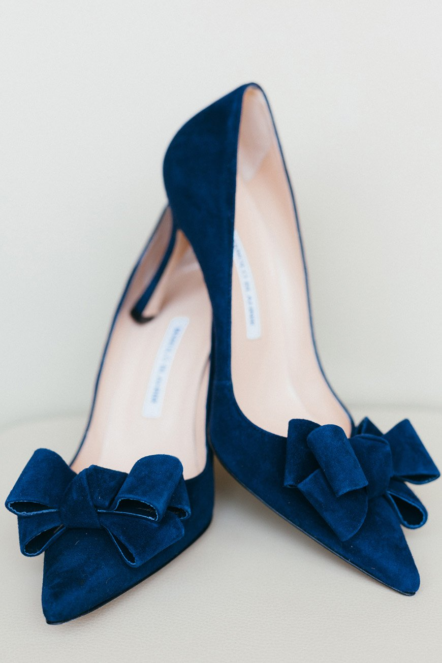 Wedding Ideas By Colour: Navy and Blush Wedding Theme - The look | CHWV