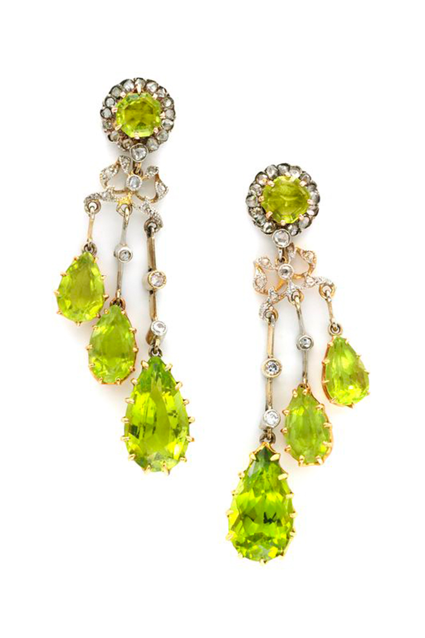 Wedding Ideas By Pantone Colour: Lime Punch - Earrings | CHWV