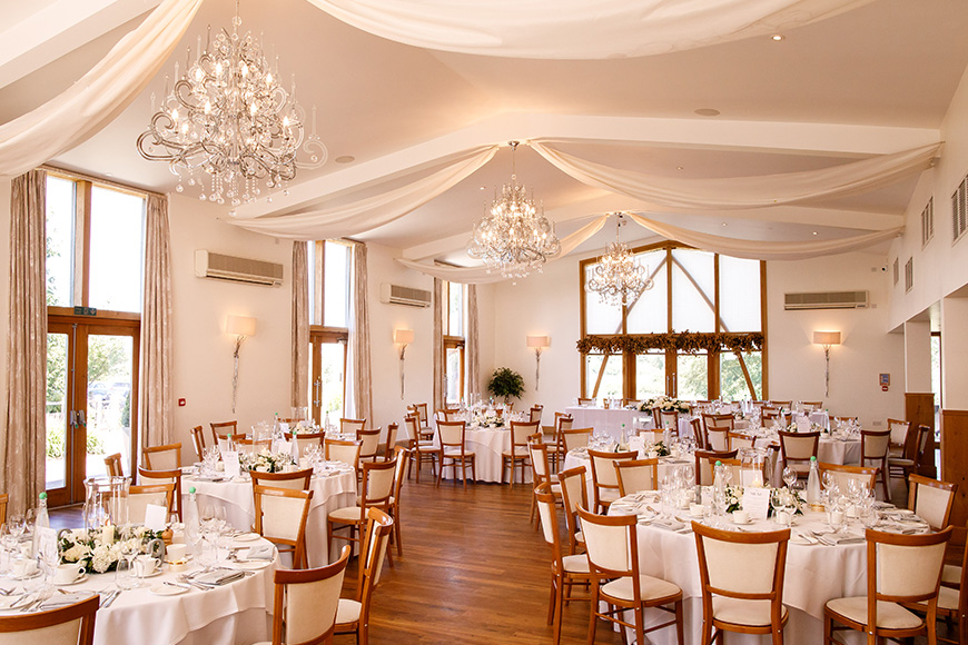 11 Unmissable Modern Wedding Venues - Mythe Barn | CHWV