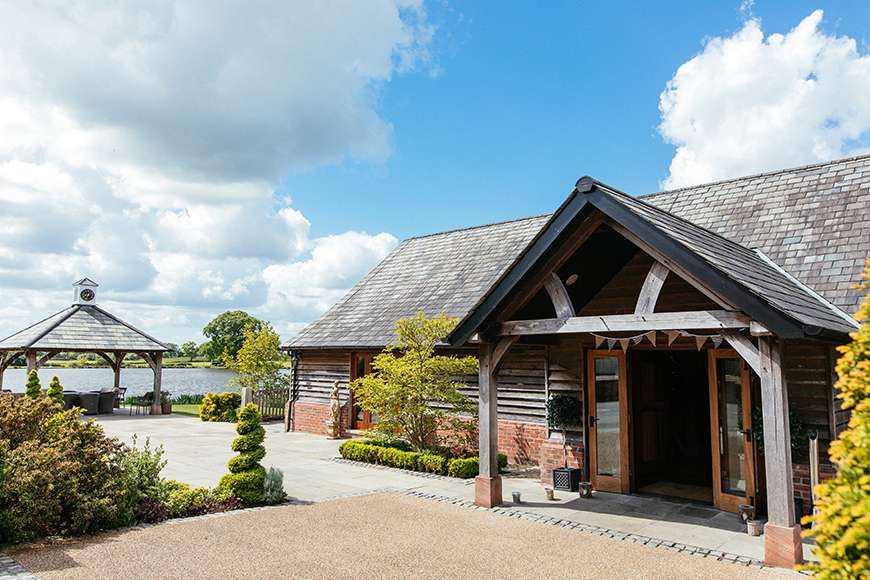 8 North West Wedding Venues You Have To See - Sandhole Oak Barn | CHWV