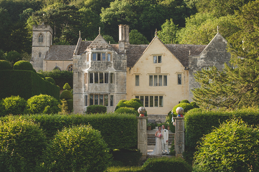 9 Unmissable Cotswolds Wedding Venues - Owlpen Manor | CHWV