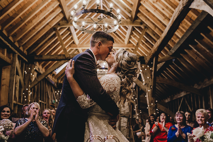 5 Reasons To Get Married in 2019 - Small and special | CHWV