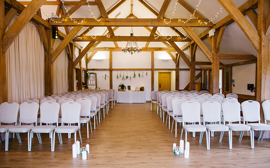 7 DIY Wedding Venues That You Have To See - Sandhole Oak Barn | CHWV