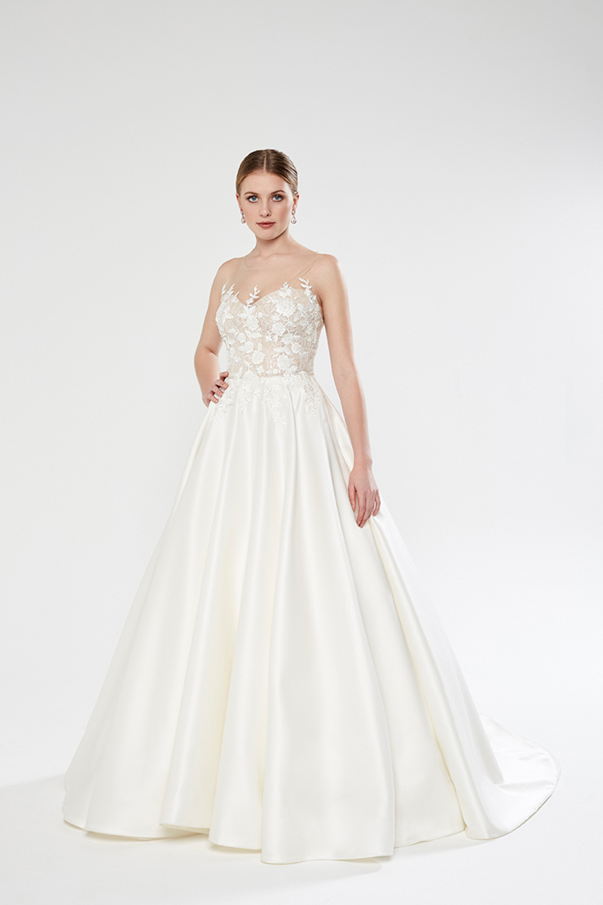A Closer Look At Sassi Holford Wedding Dresses