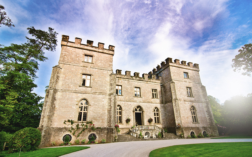7 Castle Wedding Venues That Are Amazing In Autumn - Clearwell Castle | CHWV