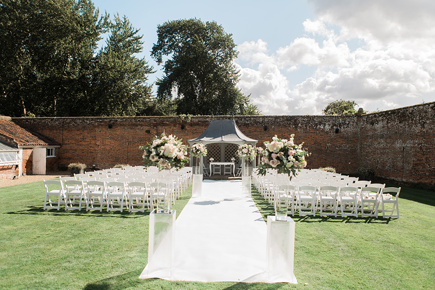 9 Incredible Wedding Venues With Accommodation - Braxted Park   CHWV