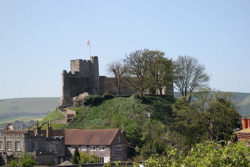 6 Stunning East Sussex Wedding Venues - Lewes Castle | CHWV