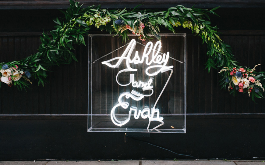 Light Up Your Wedding With Neon Signs Chwv
