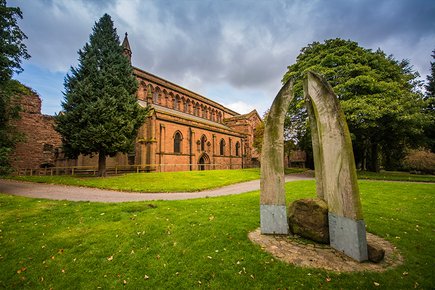 7 Wonderful Wedding Venues With Churches - Old Palace Chester | CHWV