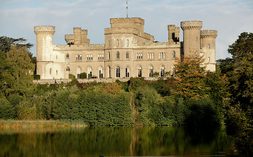 7 Castle Wedding Venues That Are Amazing In Autumn - Eastnor Castle | CHWV