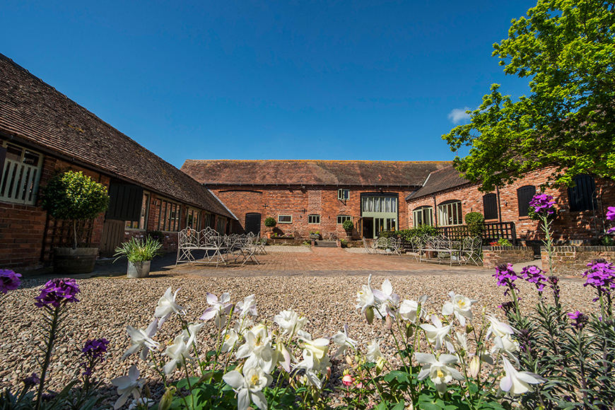 16 Unmissable Wedding Venue Offers - Curradine Barns | CHWV